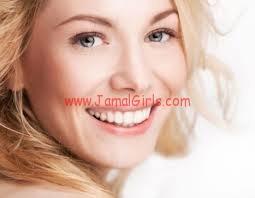 سر ثقتك جمال ابتسامتك وسر ابتسامتك بياض اسنانك