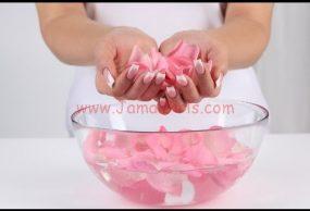 كيفية تقشير اليدين وزيادة النعومة