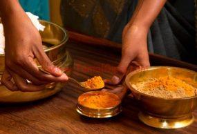 وصفات هندية للعناية بالشعر