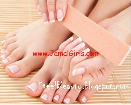 تكسر الأظافر وعلاجها عند الفتيات