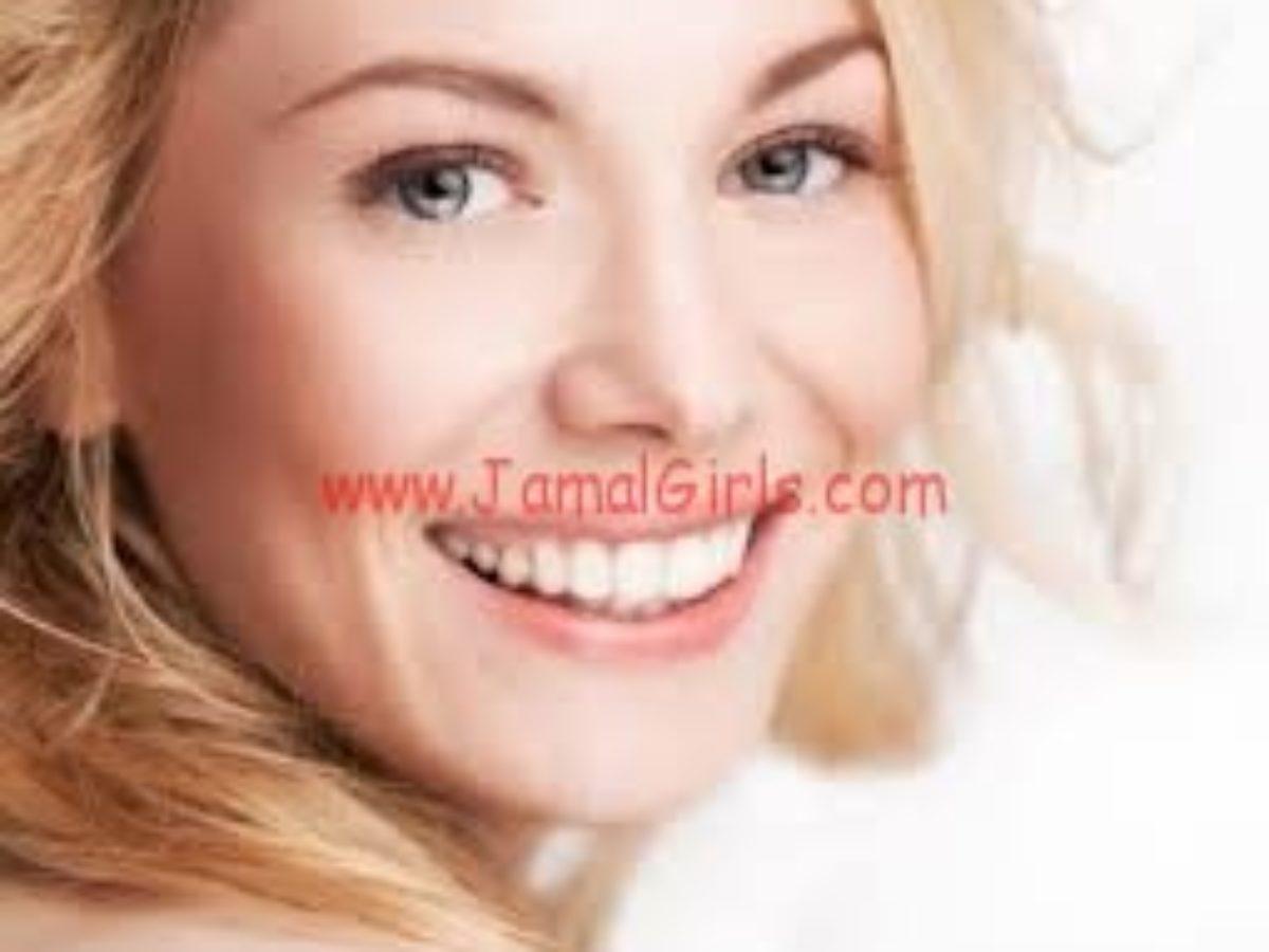 خلطات ووصفات لأسنان أبيض وأنصع