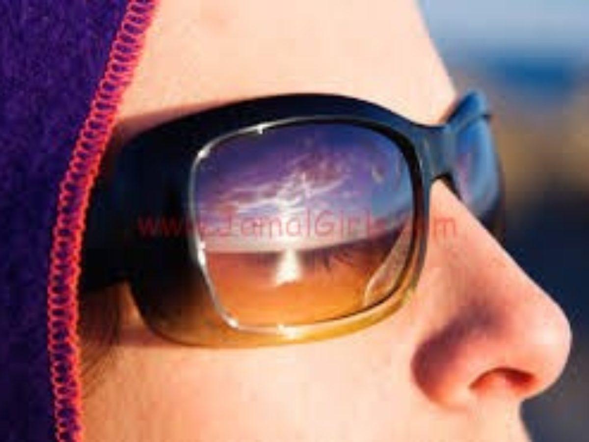 عادات سيئة تؤدي الى ضهور تجاعيد العين المبكرة