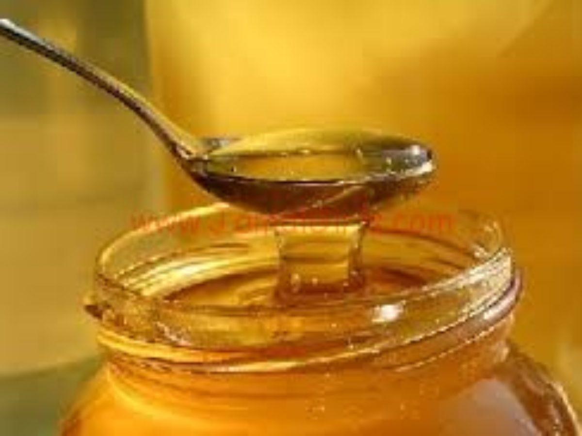 خلطة الفازلين والعسل لشفاه وردية