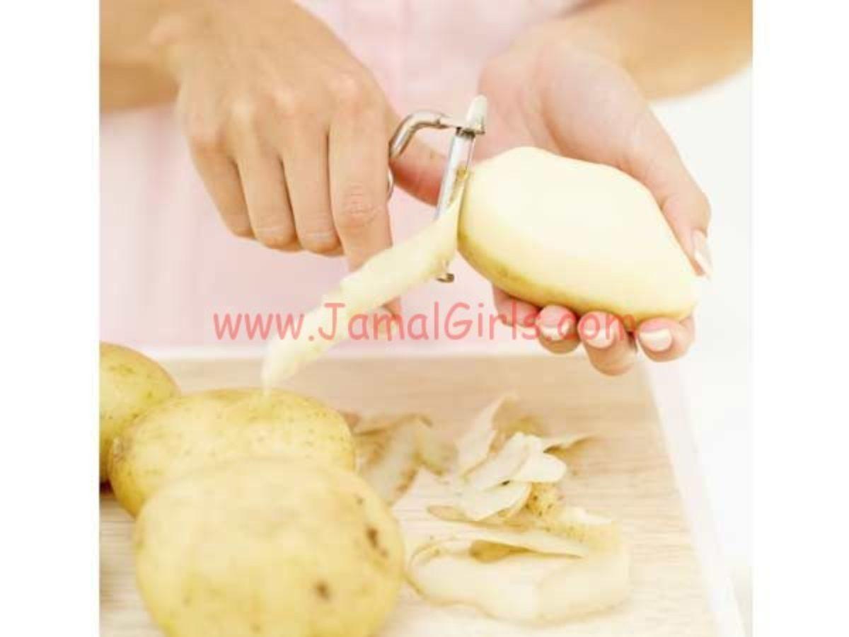 استخدمي البطاطا للعناية باليدين