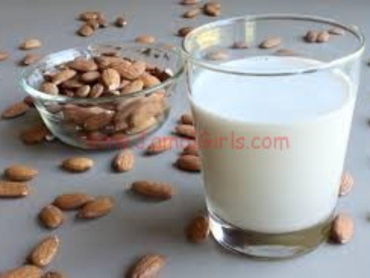 وصفة الحليب وزيت اللوز للتخلص من سواد الرقبة