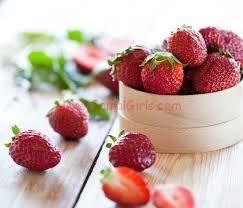 وصفة الفراولة والعسل لبشرة ناعمة ونظيفة