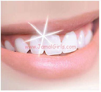 وصفات طبيعية لتبيض الأسنان الصفراء