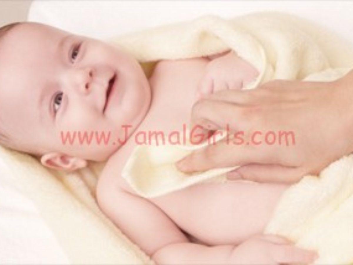 نصائح لحماية جلد طفلك
