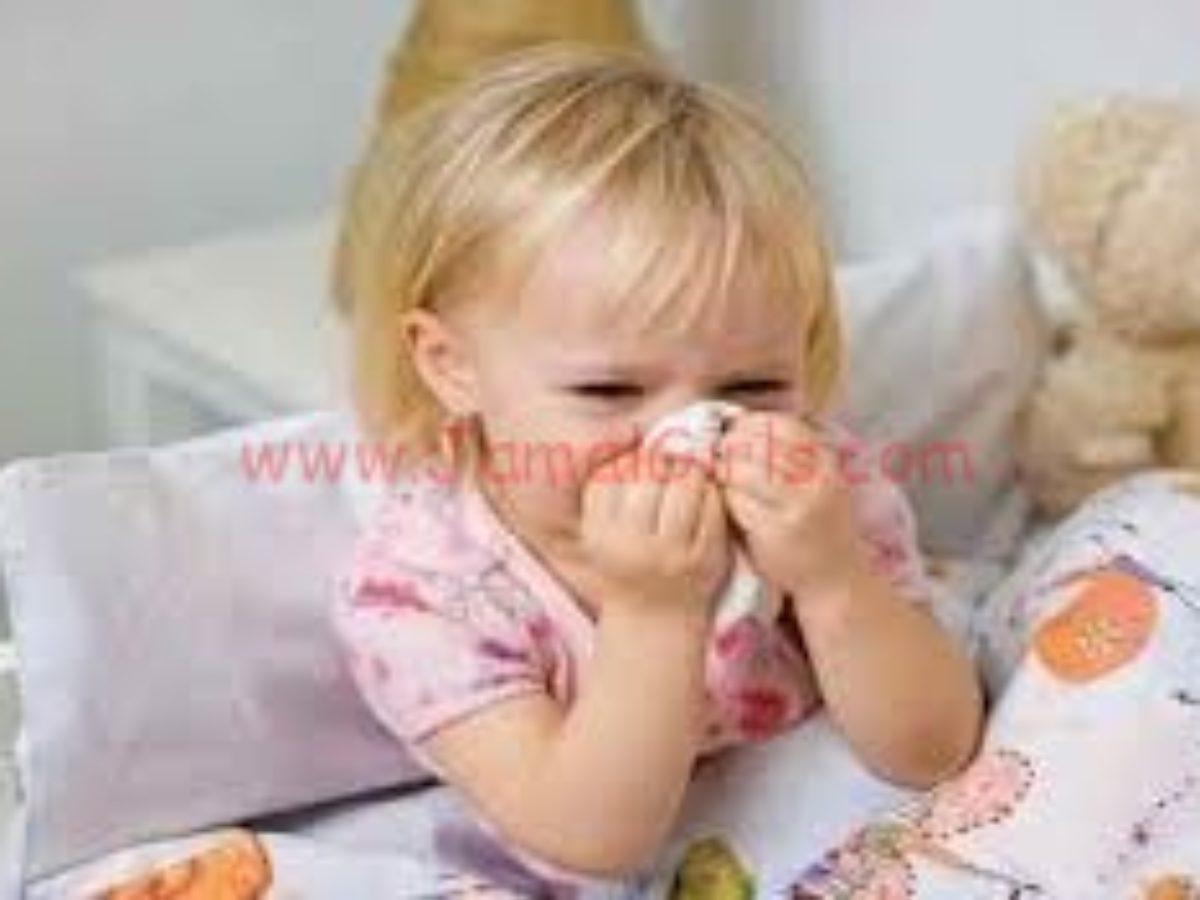 طريقة إخفاء آثار الإنفلونزا والبرد بالمكياج